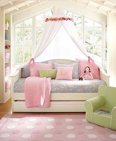 Daybed Ideas on Pinterest | Daybed Bedding, Full Size Daybed and ...