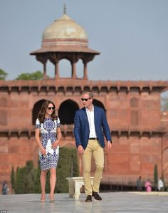 The Duke and Duchess of Cambridge have arrived at the Taj Mahal in what is set to be the defining moment in their tour of India on April 16, 2016
