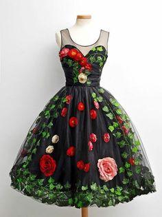 Chotronette | Dress by www.chotronette.com