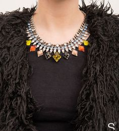 10 Seriously Stylish Ways To Wear a Statement Necklace | StyleCaster