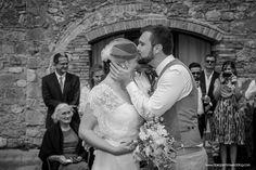 Kiss - A Romantic Wedding in Tuscany - www.dariopichiniwedding.com