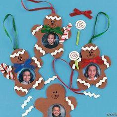Learn more about DIY Christmas Ideas Kids Crafts, Christmas Crafts For Toddlers, Christmas Arts And Crafts, Handmade Christmas Decorations, Preschool Christmas, Toddler Christmas, Diy Christmas Ornaments, Christmas Fun, Christmas Classroom Door