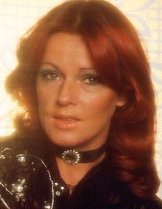 Great pic of Frida. Stockholm, Divas, Frida Abba, Abba Mania, Swedish Women, Catherine Bach, Glam And Glitter, Tv Girls, King Queen