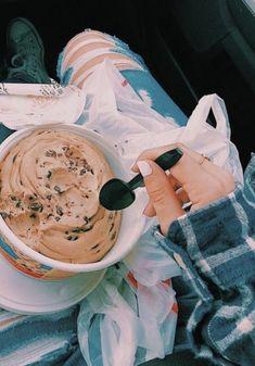 ☼ 𝚛 𝚊 𝚌 𝚑 𝚎 𝚕 𝚔 𝚊 𝚝 𝚑 𝚛 𝚢 𝚗 ☼ food ☼ 𝚛 𝚊 𝚌 𝚑 𝚎 𝚕 𝚔 𝚊 𝚝 𝚑 𝚛 𝚢 𝚗 ☼ Think Food, I Love Food, Good Food, Yummy Food, Bebidas Do Starbucks, Food Goals, Aesthetic Food, Cute Food, Food Cravings