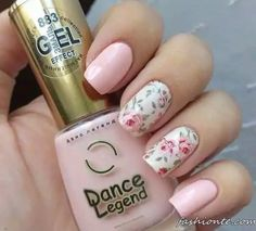April nails Beautiful delicate nails Delicate nails Delicate spring nails Gentle nails with flowers Gentle shellac nails Pale pink nails Spring nail art Rose Nail Art, Floral Nail Art, Rose Nails, Flower Nails, Nail Art Flowers, Pale Pink Nails, Nail Art Designs 2016, Nail Designs Spring, Cool Nail Designs