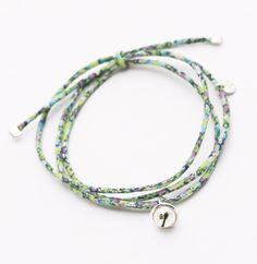 Bracelet lien en Liberty finement cousu et grelot en argent 925. Fabriqué main en France. http://ticha.bigcartel.com