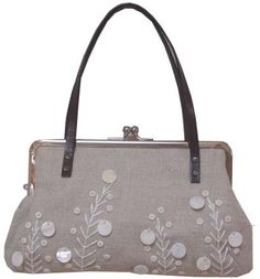 elta design Purses And Bags, Coin Purses, Frame Purse, Beautiful Bags, Belt, Tote Bag, Sewing, Hats, Handmade