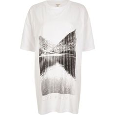 River Island White 'Serenity' print oversized T-shirt (1.885 RUB) via Polyvore featuring tops, t-shirts, pattern t shirt, cotton t shirts, white cotton tee, print tees и oversized tee