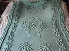 Twin Trees Afghan pattern by Shirley Rhyne