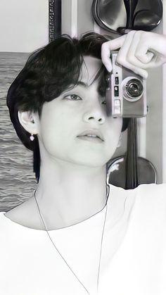 Bts Taehyung, Bts Jimin, Die Beatles, V Bts Wallpaper, Bts Playlist, Bts Aesthetic Pictures, Bts Korea, Album Bts, Bts Lockscreen