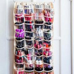 Are you in dire need of a DIY makeup organizer? These awesome DIY makeup organizer ideas will save you space and trouble! Diy Makeup Organizer, Make Up Organizer, Diy Makeup Storage, Make Up Storage, Creative Storage, Makeup Holder, Makeup Display, Shoe Storage, Beauty Storage Ideas