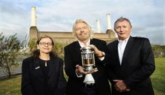 Lanzatech ceo jennifer holmgren with richard branson and the then ceo of virgin atlantic, steve ridgway, in front of battersea power station in london in Aviation Fuel, Battersea Power Station, Virgin Atlantic, Richard Branson, Daddy Daughter, Boyfriend Humor, Carbon Footprint, First World, Picture Video