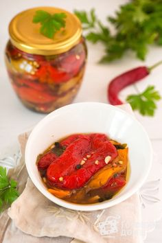Ratatouille, Preserves, Salsa, Cooking Recipes, Ethnic Recipes, Food, Canning, Red Peppers, Cooking