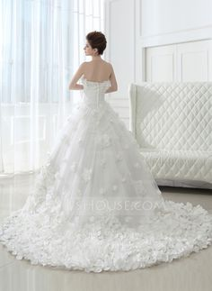 Ball-Gown Strapless Cathedral Train Ruffle Flower(s) Zipper Up Strapless Sleeveless Church General Plus Winter Spring Summer Fall White Taffeta Tulle Wedding Dress