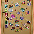 Depuis quelques temps, on commence à voir, sur certains blogs, des portes de classe décorées, décoration qui change en fonction de la...