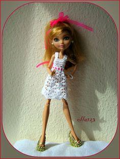 Blog o Barbie Fashionistas firmy Mattel, próbach tworzenia dla nich ubrań oraz o sztuce fotografii: Nowa sukienka poprawia humor!