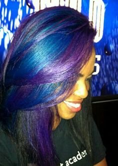 Love her hair color! Funky Hairstyles, Pretty Hairstyles, Love Hair, Gorgeous Hair, Color Fantasia, Natural Hair Styles, Short Hair Styles, My Hairstyle, Purple Hair