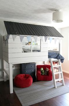 Why Choose a Bunk Bed for Your Youngster? – Bunk Beds for Kids Bunk Beds Small Room, Bunk Beds With Stairs, Kids Bunk Beds, Small Rooms, Loft Beds, Girl Room, Girls Bedroom, Cama Ikea Kura, Kids Clubhouse