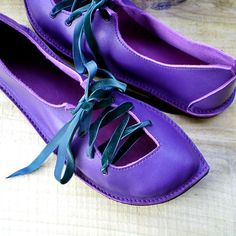 RESERVED UK 8 Handmade Leather Fairy Shoes in Violet PUCK