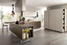 armario grande en la cocina moderna