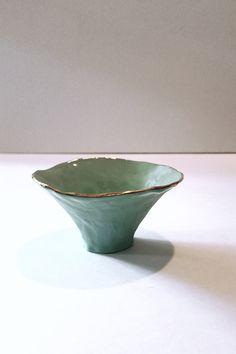 Slab Pottery, Pottery Plates, Ceramic Pottery, Pottery Vase, Ceramic Pinch Pots, Ceramic Bowls, Ceramic Mugs, Pottery Handbuilding, Ceramic Mosaic Tile