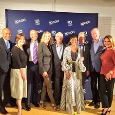 When the @DiscoveryID squad gathers to say thank you to our fans!!! #IDCon2017 now this is a Saturday to remember #http://deadlinecrimepic.twitter.com/dsW9fPFHaP