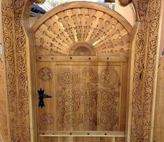 Beautiful Architecture, Architecture Design, Hungarian Embroidery, Wooden Gates, Sanya, How Beautiful, Wood Carving, Building Design, Hungary
