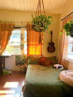 Indie Room Decor, Aesthetic Room Decor, Indie Dorm Room, Indie Living Room, Hippie Bedroom Decor, Cool Room Decor, Quirky Decor, Room Ideas Bedroom, Bedroom Inspo