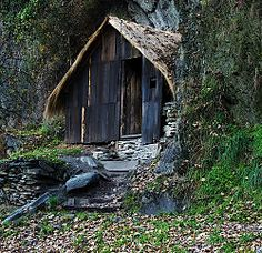 Zen Master and Poet Ryokan's mountain hut