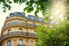 Here's The Perfect Visa For A Writer In France