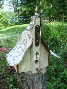 Mondus Distinction - Canada's Home and Garden Decor - Steeple Church Birdhouse