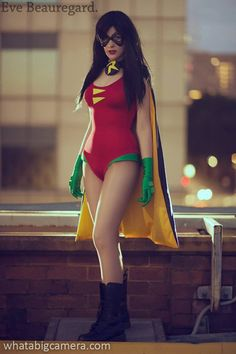 Lady Robin Cosplay http://geekxgirls.com/article.php?ID=2101