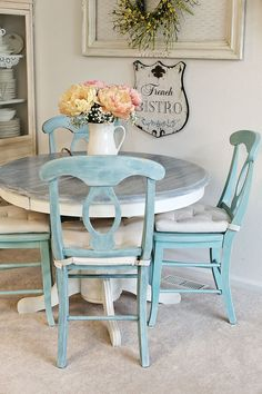 Funny serviced shabby chic dining room table Forward to a friend Painted Kitchen Tables, Kitchen Table Chairs, Kitchen Table Makeover, Painted Tables, Painting Kitchen Chairs, White Kitchen Tables, Duck Egg Blue Kitchen Chairs, Room Chairs, Chairs For Dining Table