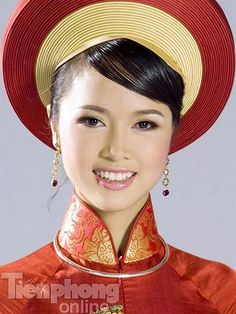 #aodai with 2-toned hat.