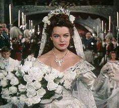 Romy Schneider as Sissi the Wedding Romy Schneider, Sissi Film, Impératrice Sissi, Golden Age Of Hollywood, Old Hollywood, Sydne Rome, Empress Sissi, Elisabeth I, Paddy Kelly