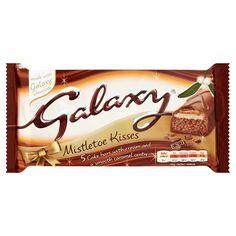 Mcvities Galaxy Mistletoe Kisses Cake Bars 5 Pack