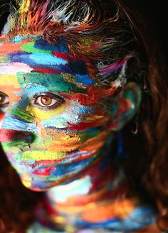 Face painting > Colorful  LisaMilhavet