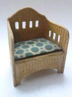 Alter Sessel von Karl Schreiter aus geprägter Pappe in Korb-Optig f.Puppenhaus