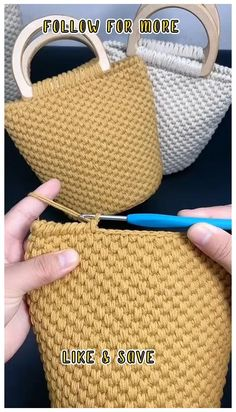 Crochet Bag Tutorials, Crochet Stitches For Beginners, Crochet Purse Patterns, Knitting Paterns, Crochet Basket Pattern, Beginner Crochet Tutorial, Crochet Videos, Crochet Basics, Crochet Handbags