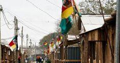 Semana Farroupilha-Porto Alegre-RS O evento hoje conhecido como Acampamento Farroupilha nasceu junto com a criação do Parque da Harmonia (av. José Loureiro da Silva, 255), em 1981.