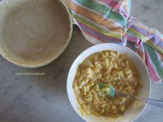 Oggi ho preparato una Torta di mele e semolino .Una ricetta per preparare facilmente un dolce casalingo,delizioso e molto buono.