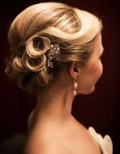 beautiful hair wedding bride and hair pin photography by amelia john
