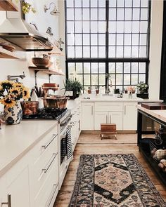A mix of mid-century modern bohemian and industrial interior style. Home and apartment decor decoration ideas home design bedroom living room Kitchen Decorating, Interior Decorating, Home Design, Design Design, Design Ideas, Graphic Design, Estilo Interior, Green Velvet Sofa, Sweet Home