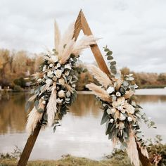 Boho Wedding, Wedding Table, Floral Wedding, Wedding Bouquets, Wedding Flowers, Dream Wedding, Wedding Day, Grass Centerpiece, Rose Centerpieces