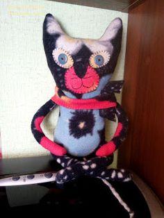 Ни минуты покоя: Котик из старой ангорской кофты