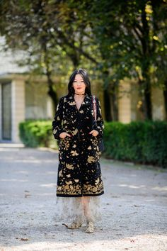 The Best Street Style From Paris Fashion Week: Spring 2018: Tina Leung