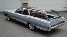 '65 Pontiac Bonneville Safari Wagon