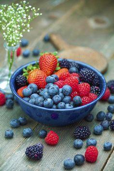 berries... healthy, scrumptious & beautiful :) strawberries, blueberries, raspberries, blackberries
