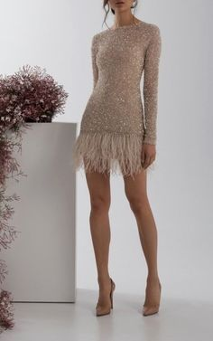 mini dress Nisha Mini Sequin Dress by Rachel Gilbert Nisha Mini Sequin Dress von Rachel Gilbert Elegant Dresses, Pretty Dresses, Sexy Dresses, Beautiful Dresses, Dress Outfits, Evening Dresses, Short Dresses, Dress Up, Fashion Dresses