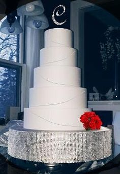 This cake stand is amazing!!! They offer all sizes too! Want want!! ;) Bling rhinestone wedding cake stand!